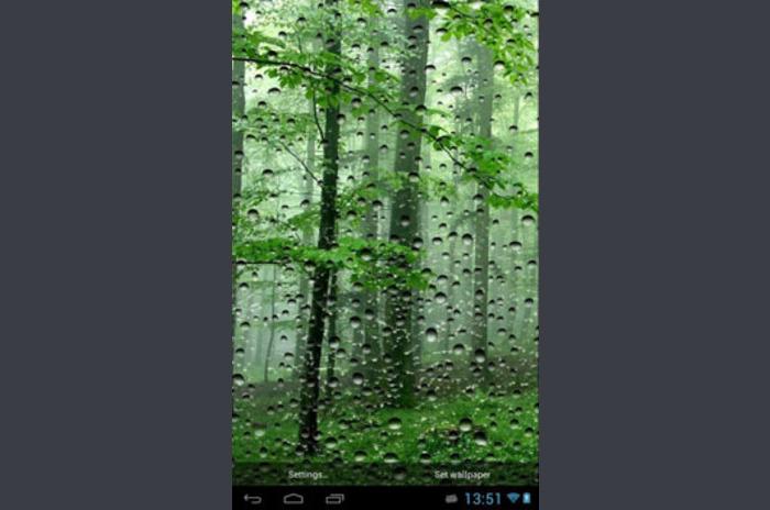 Esőcseppek az üvegen